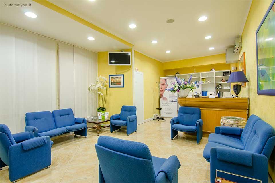Reception Sala Attesa Centro Medico Petresca Group