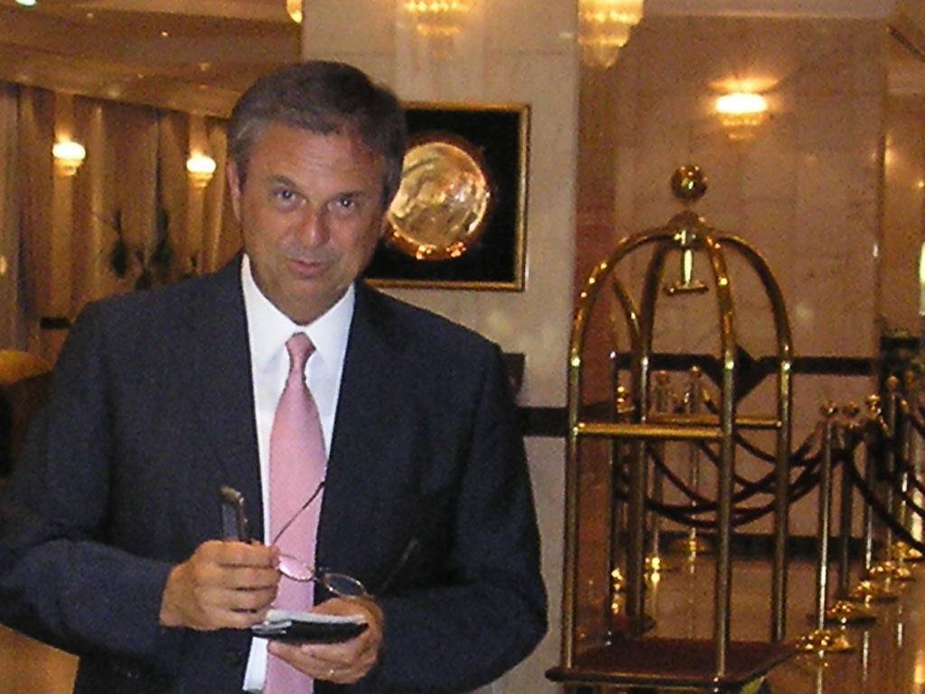 Dr. Tommaso Gobello